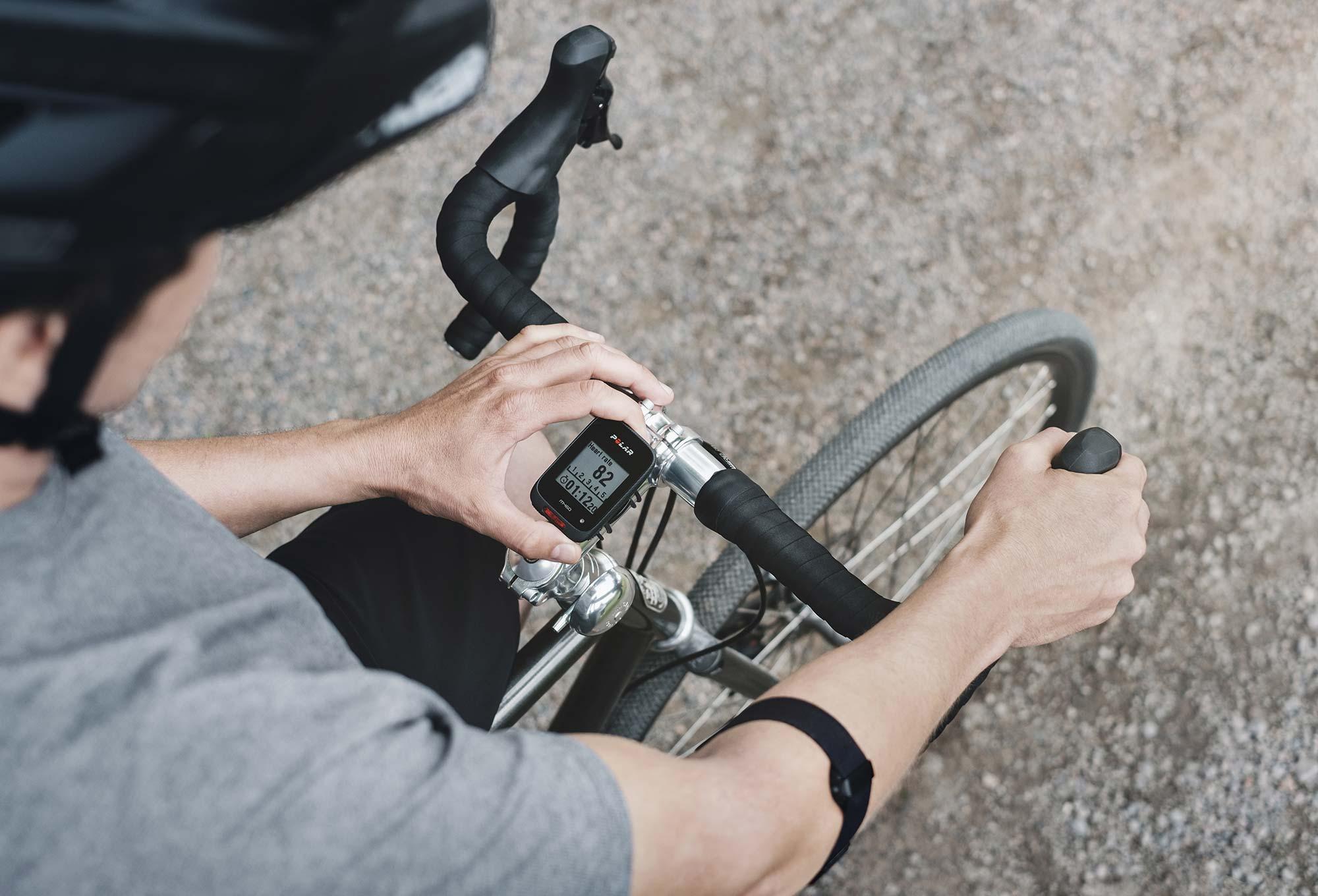 Fahrradcomputer Wo Anbringen : Gps fahrradcomputer polar m herzfrequenzsensor oh alltricks