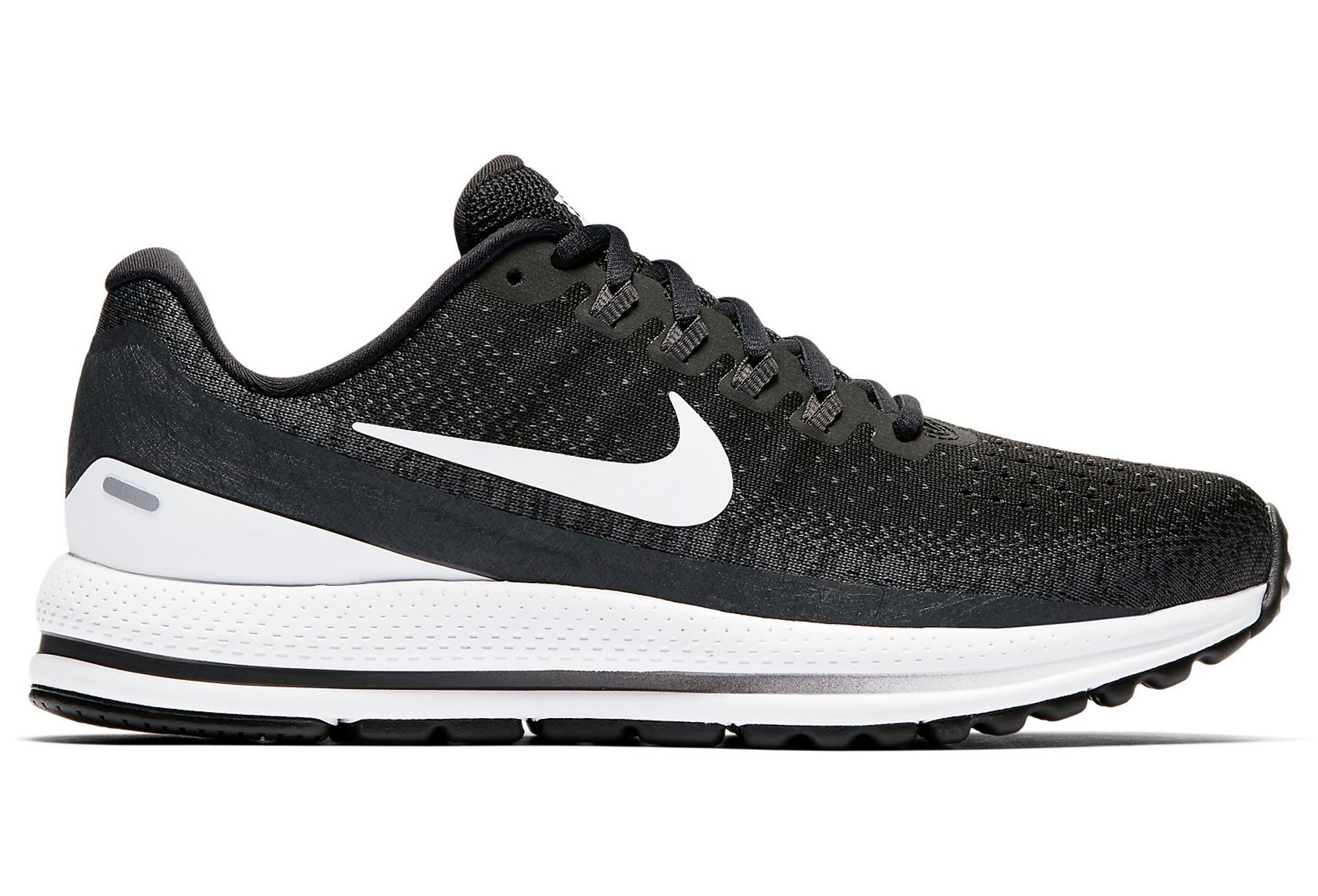finest selection ceb12 8c8af Chaussures de Running Femme Nike Air Zoom Vomero 13 Noir   Blanc