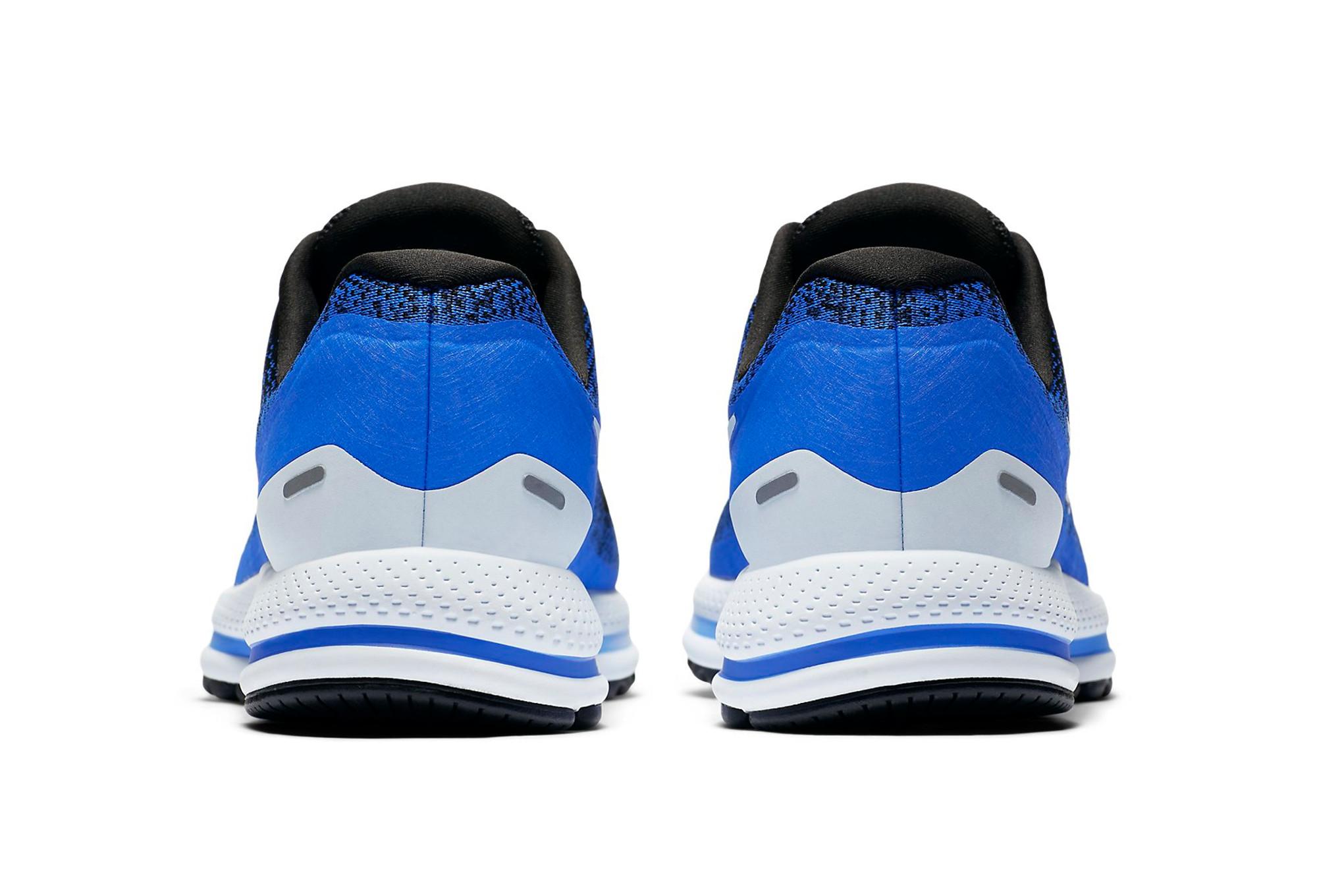 big sale d5804 688fe Chaussures de Running Nike Air Zoom Vomero 13 Bleu   Noir