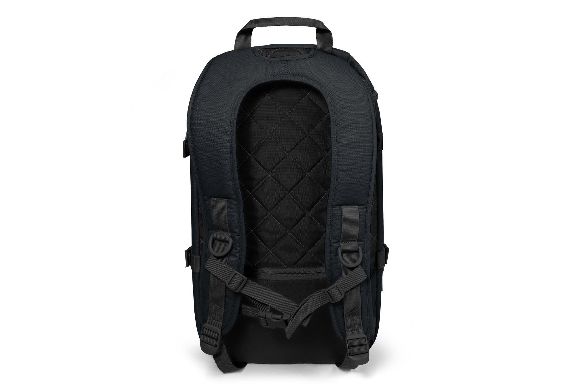 eastpak topfloid schwarz rucksack. Black Bedroom Furniture Sets. Home Design Ideas