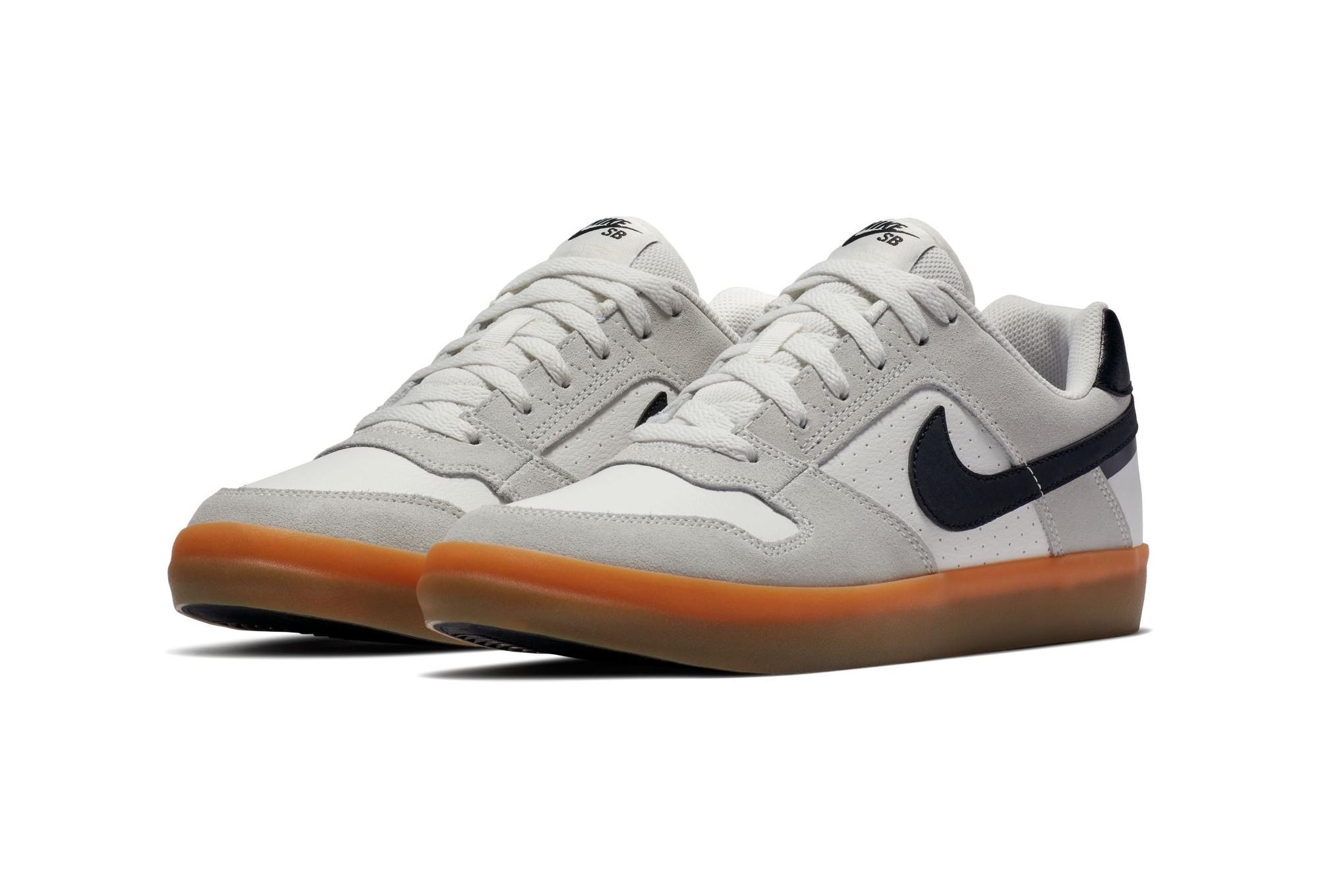 best website ccf94 51d5d Chaussures Nike SB Delta Force Vulc Blanc   Noir