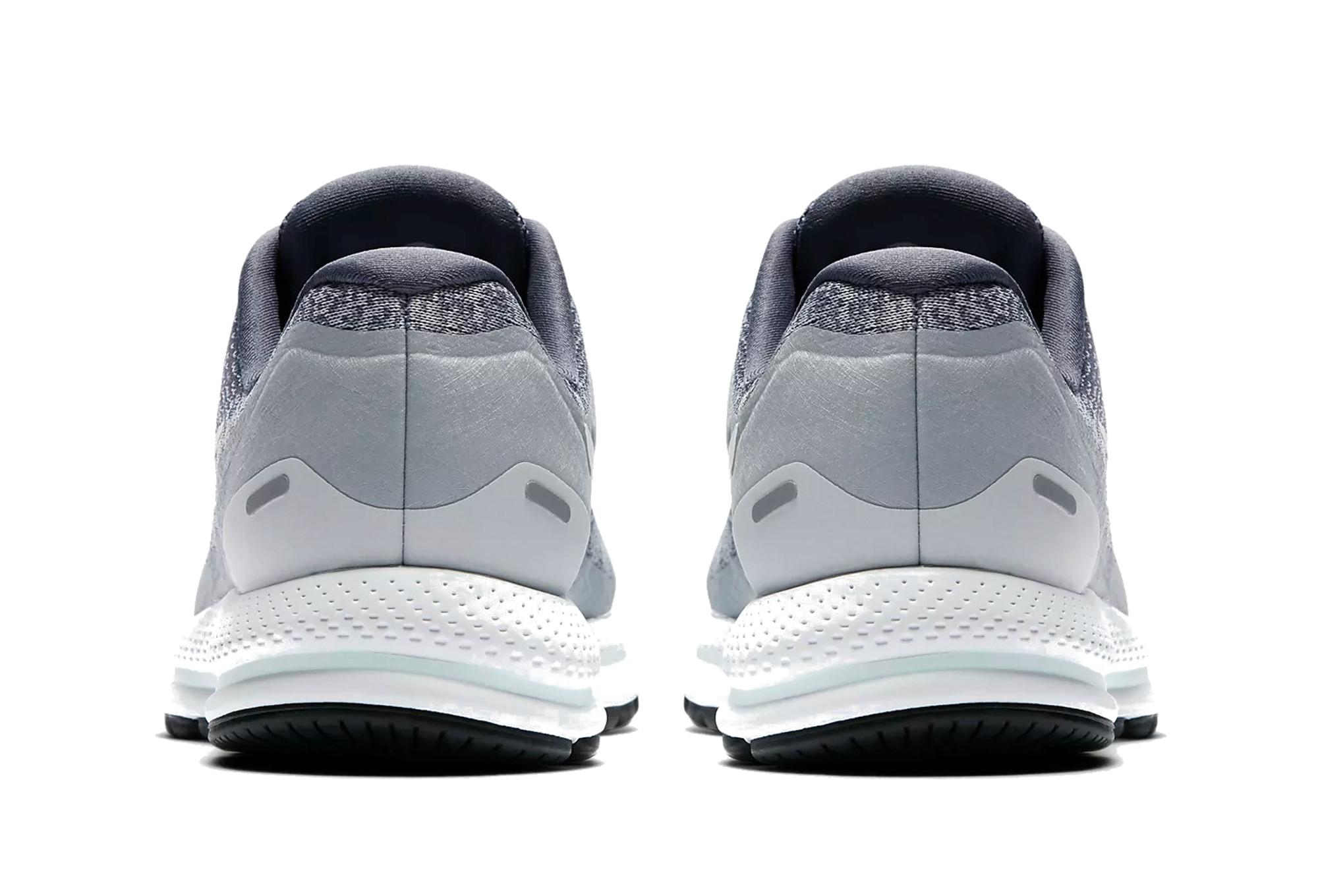 huge selection of 2c2e9 24946 ... czech chaussures de running femme nike air zoom vomero 13 blanc gris  5ca57 78e35
