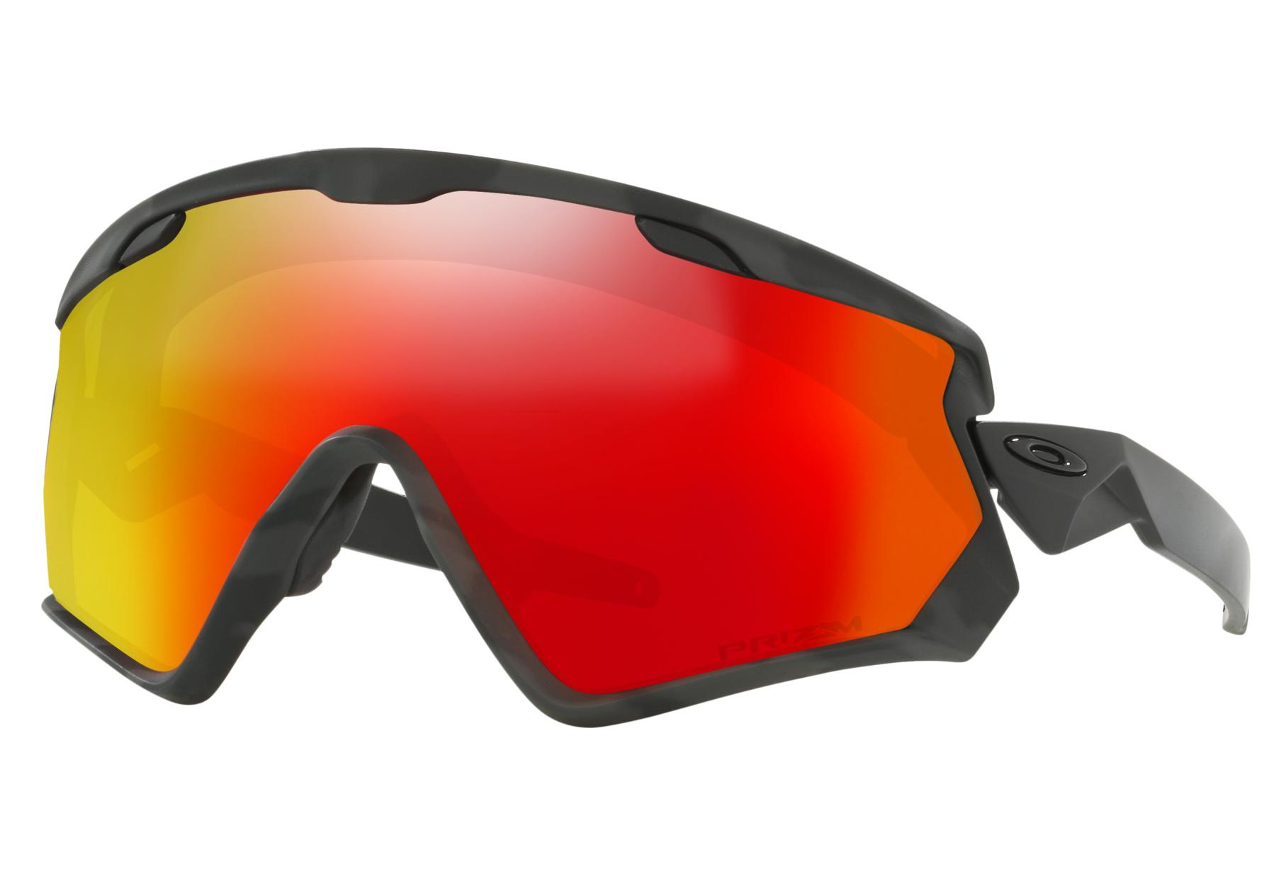 Paire de Lunettes Oakley Wind Jacket 2.0 Night Camo Prizm Snow Torch  Iridium Ref OO7072- d52468d45da1