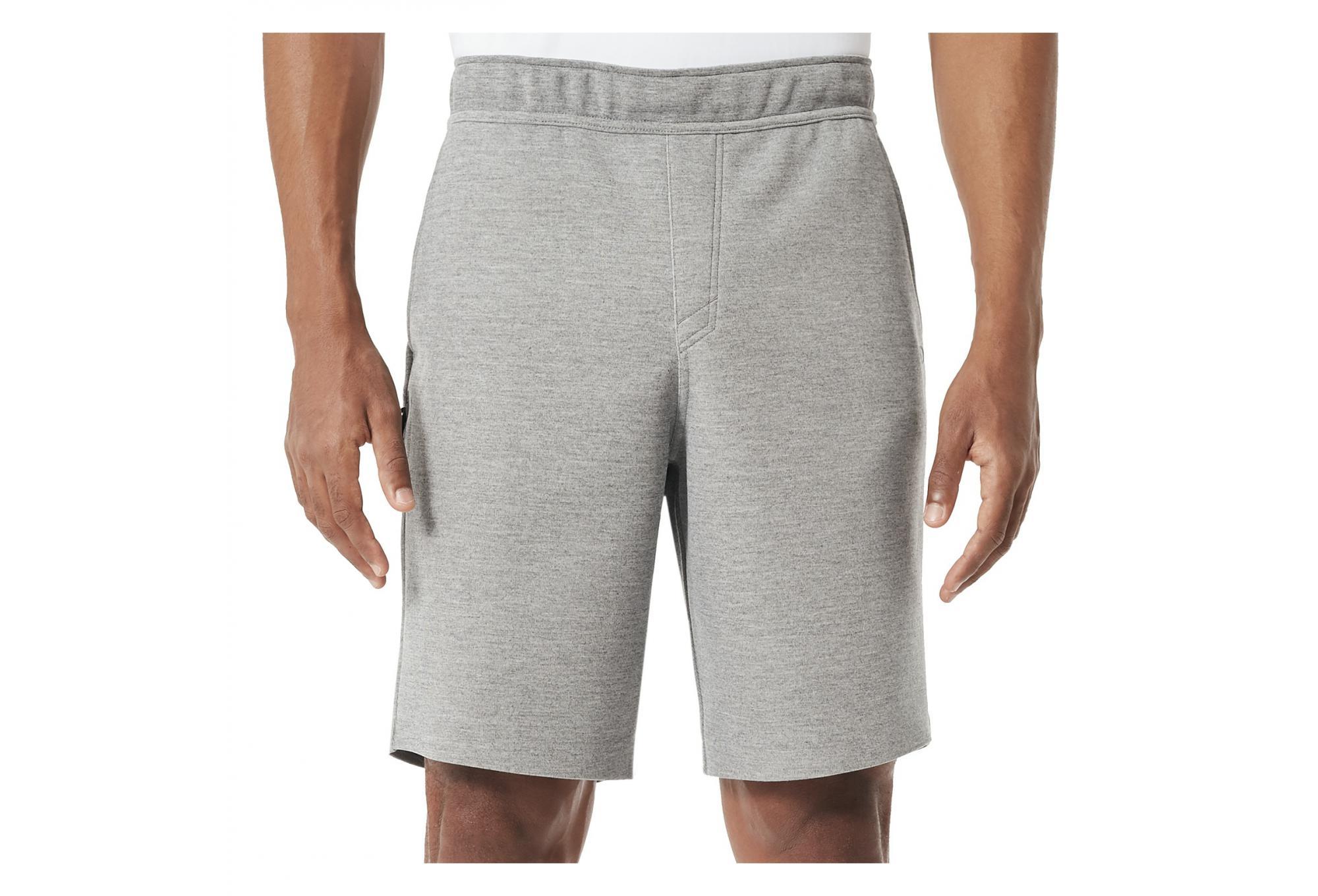 29a970927c Short Oakley Tech Knit Grey