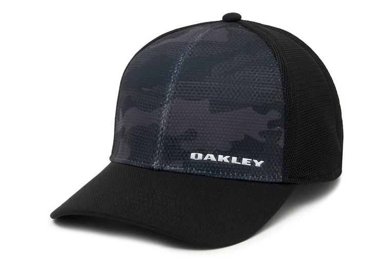 Oakley Silicone Bark Trucker Print 2.0 Black   Camo  5451f6d8771f
