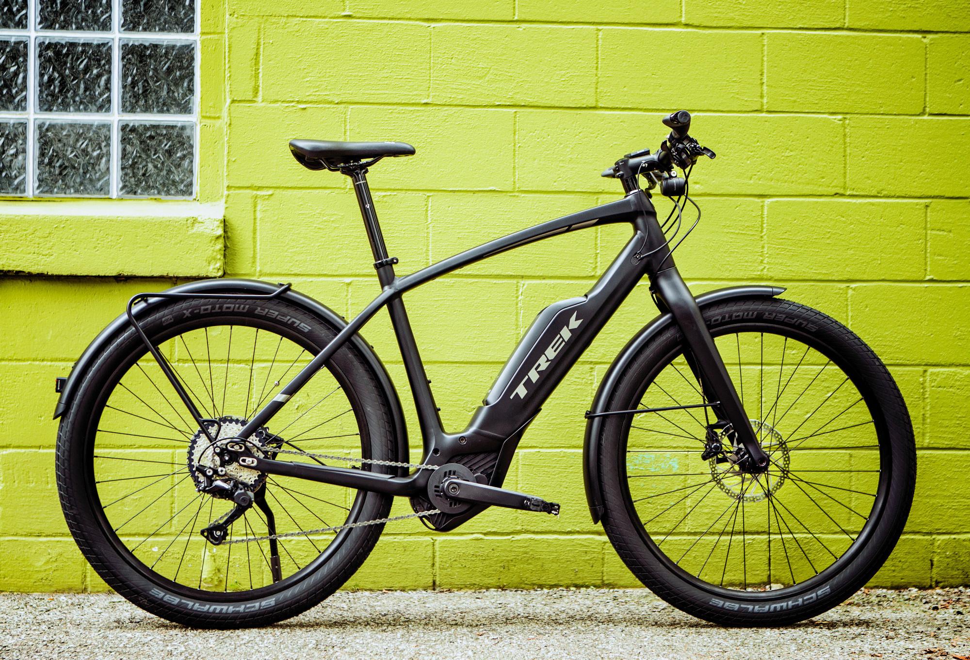 trek super commuter 7 hybrid urban bike shimano deore. Black Bedroom Furniture Sets. Home Design Ideas