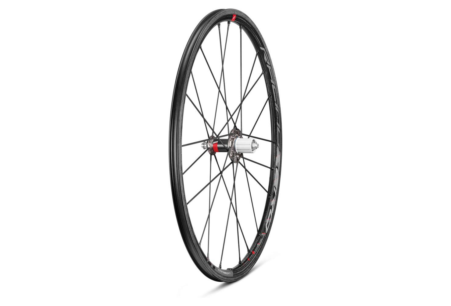 fulcrum racing zero carbon c17 wheelset tire