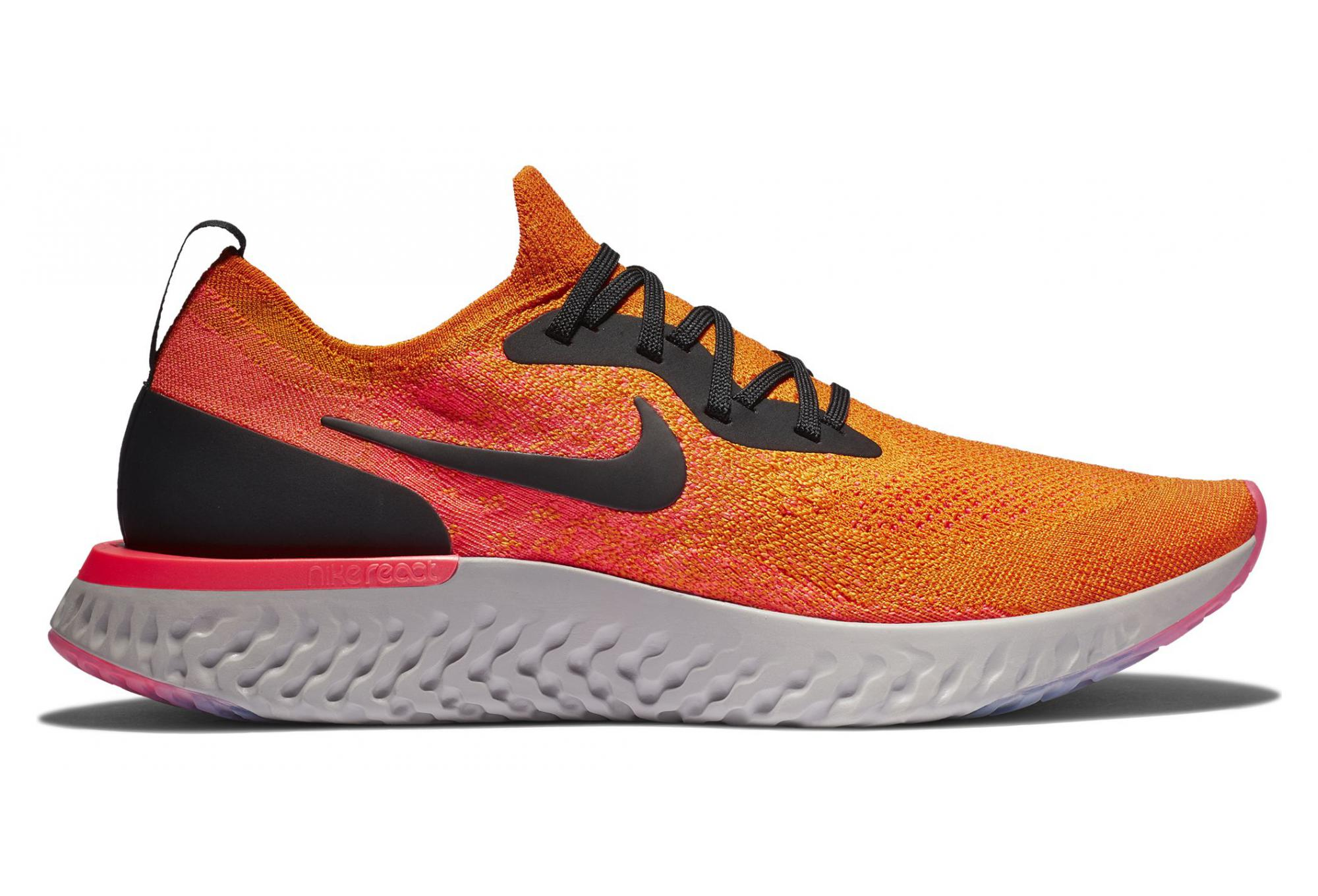 6a129ab000b5 Chaussures de Running Nike Epic React Flyknit Orange   Rose ...