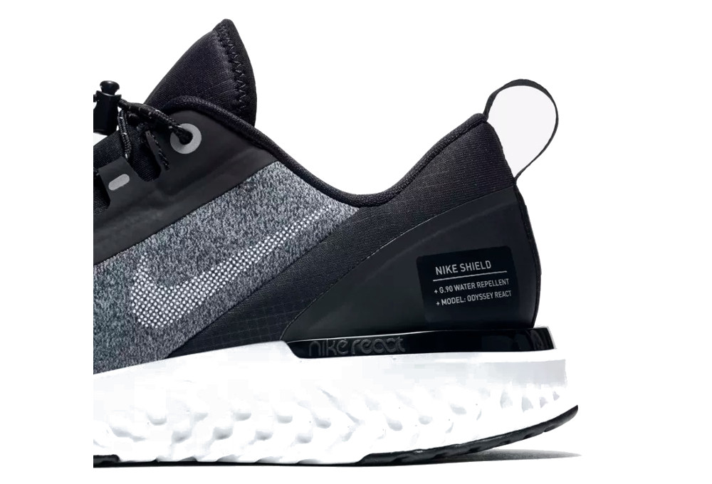 meet 54bb3 74391 Nike Odyssey React Shield Zapatos de mujer Blanco