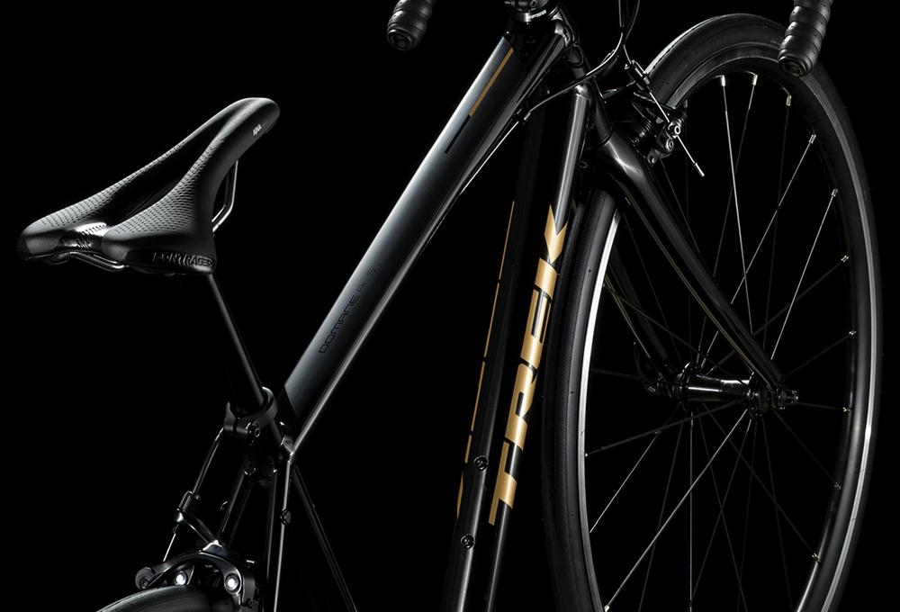 Trek Domane AL 5 WSD 2019 Women Road Bike Shimano 105 11S Black