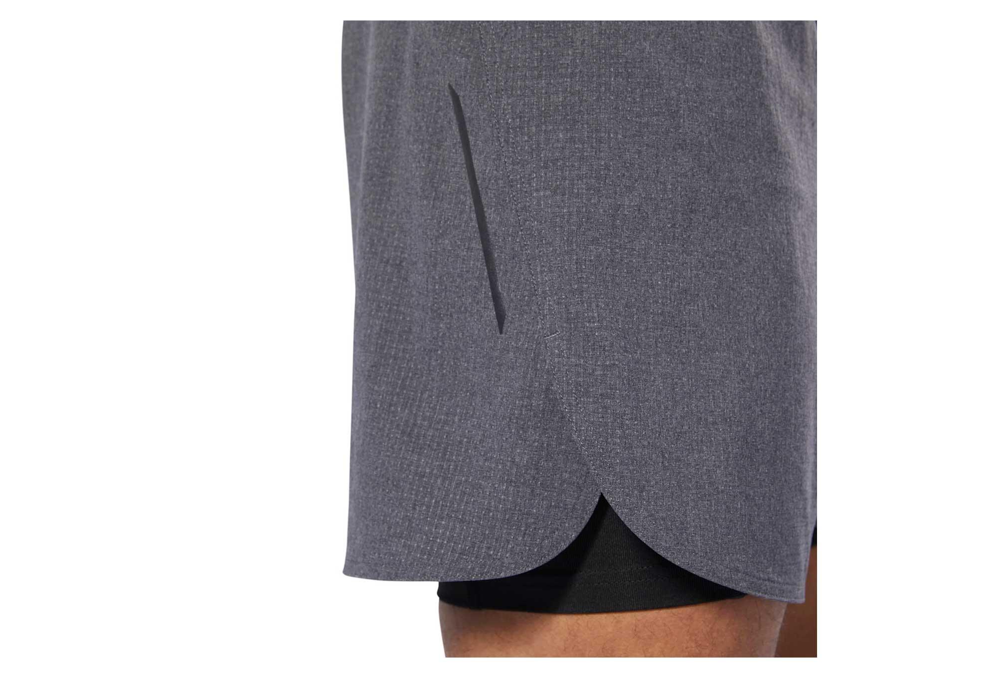 67acbac1 Reebok One Series Running Epic 2-in-1 Shorts Grey