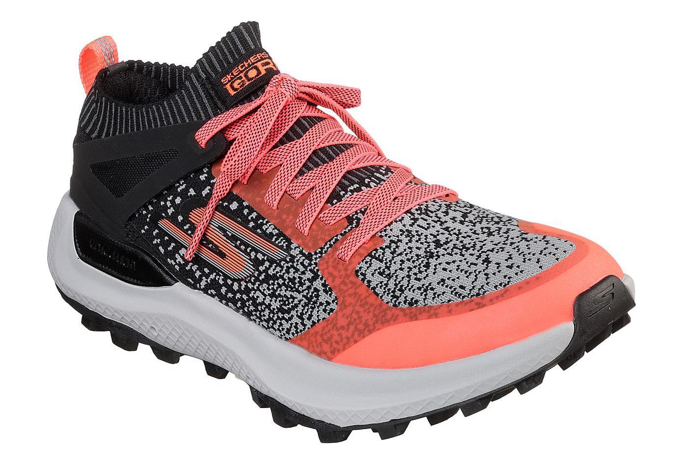 Skechers Go Run Max Trail 5 Ultra Pink