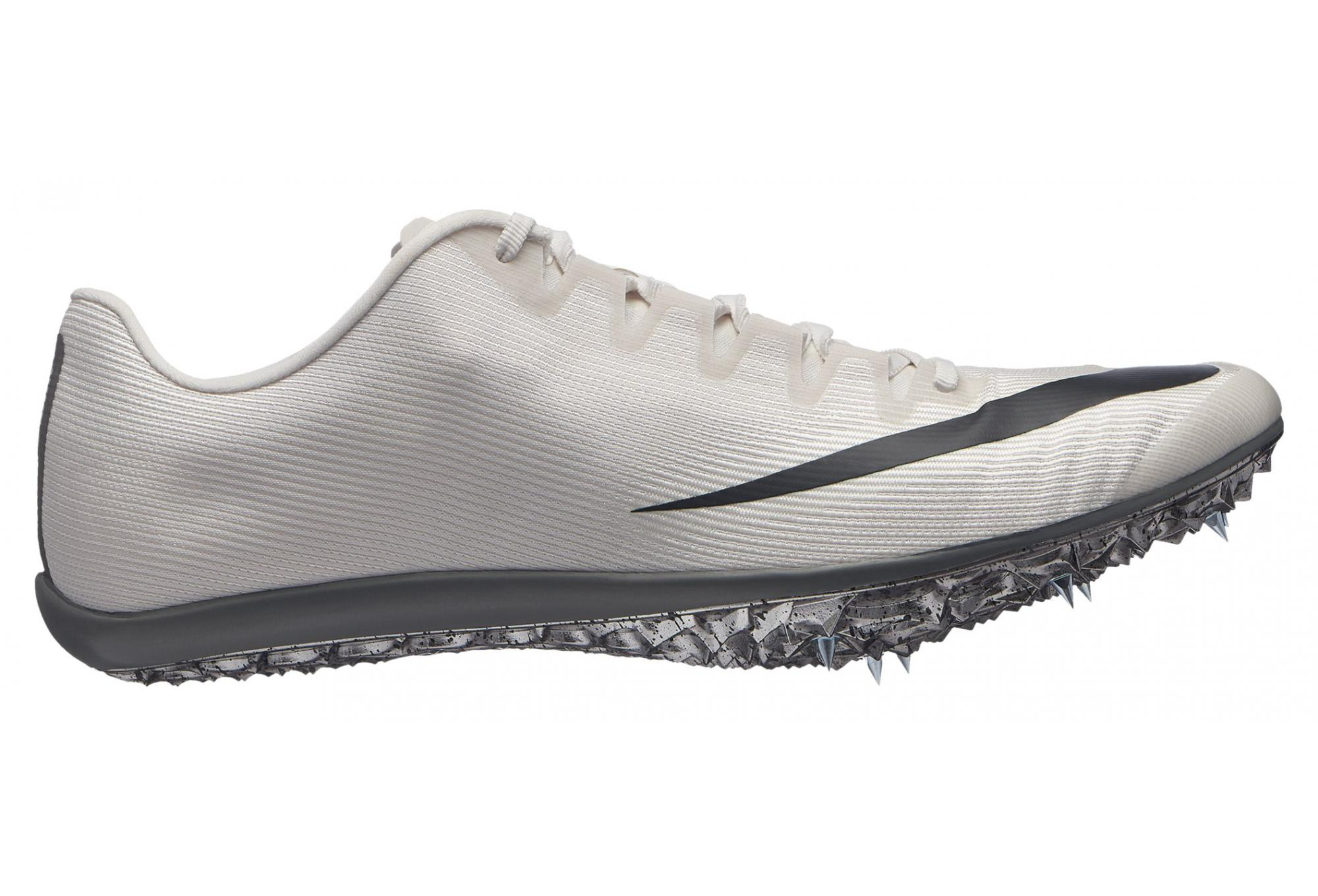 chaussure athletisme pointe nike