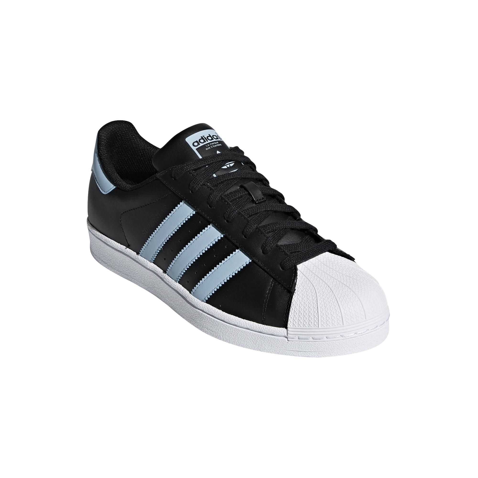 nouveau produit b75a1 f75f4 Chaussures adidas Superstar