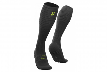 Image of Chaussettes compressport full socks oxygen black edition 2019 noir 45 47