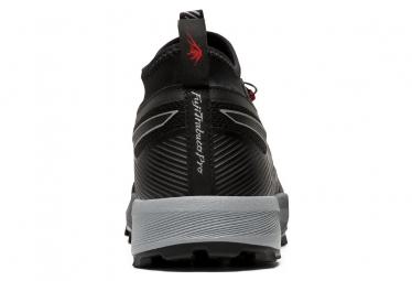 Chaussures de Trail Asics FujiTrabuco Pro Gris