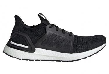 Adidas UltraBoost Running Schuhe Schwarz / Weiß