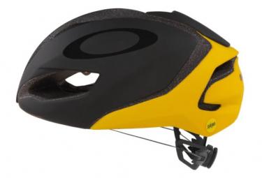 Aero Oakley Aro 5 Tour de France helmet