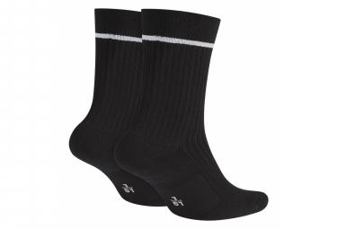 Paire de Chaussettes Nike SNKR Essential Noir / Blanc