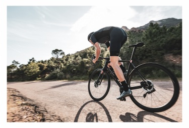 Heroïn HR Shimano Ultegra Di2 11V Disc Road Bike Black / Cooper