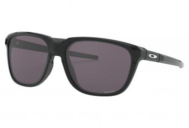 Oakley Anorak / Prizm Grey / Schwarze Brille / Ref: OO9420-0159