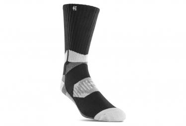 Pair of Etnies Asi Tech Gray / Black Socks