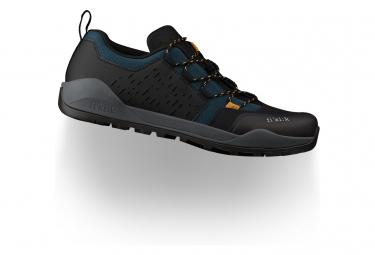 Paire de Chaussures VTT Fizik Terra Ergolace X2 Noir/Bleu