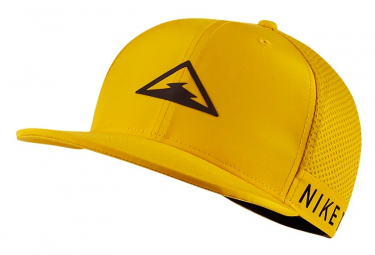 Nike Dri-Fit Pro Trail Cap Yellow Black