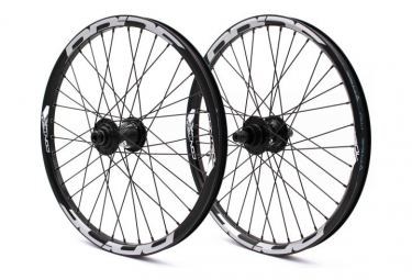 Pair of Pride Racing Control Pro Disc Wheels Black