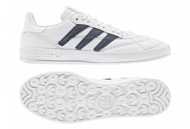 Chaussures adidas Sobakov P94