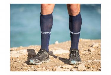Paire de Chaussettes de Compression Compressport Full Socks Run Bleu