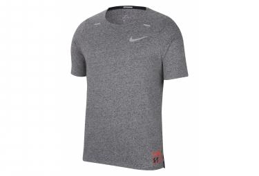Camiseta De Manga Corta Nike Rise 365 Future Fast Grey Para Hombre M
