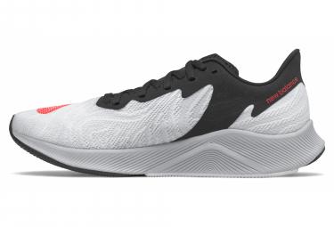 Chaussures de Running New Balance Fuelcell Prism Blanc / Noir