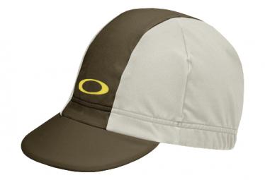 Oakley 2.0 Dark Brush / Beige Cap