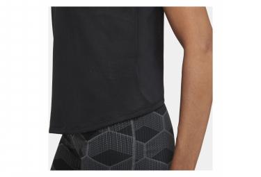 Maillot manches courtes Femme Nike Dri-Fit Run Noir
