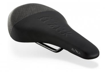 FIZIK Gravita Alpaca X5 Saddle Black + Carriage Kit