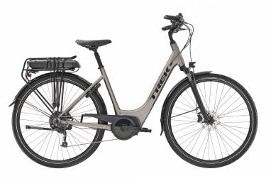 Bicicleta de ciudad eléctrica Trek Verve + 2 Lowstep Shimano Altus 9V 500wh magenta 2020