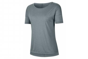 Camiseta Nike Dri Fit Yoga De Manga Corta Gris Mujer M