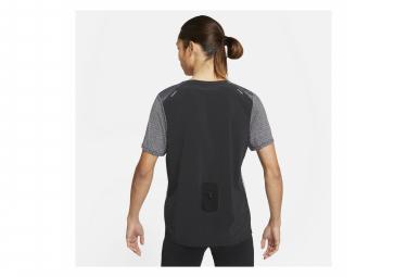 Maillot manches courtes Nike Pinnacle Run Division Gris Noir Homme