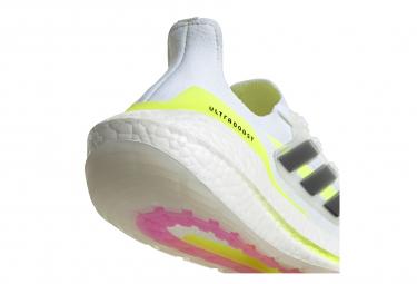 Chaussures de Running Femme adidas running UltraBoost 21 Blanc / Jaune