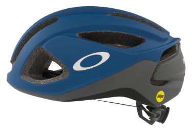 Oakley Aro 3 Mips Aero Helm Blau