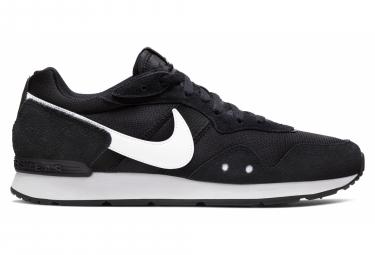 Chaussures de Running Nike Venture Runner Noir / Blanc