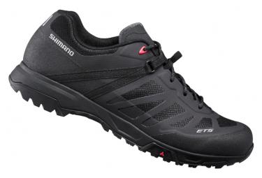 Coppia di scarpe MTB Shimano ET500 nere