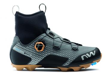 Par de zapatillas MTB Northwave Celsius XC Arctic GTX gris reflectante