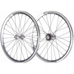 Roues stay strong evolution race cruiser polished