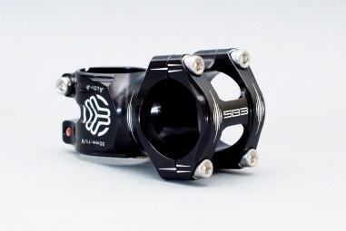 SB3 Potence FLOWY Alu Noir Noir 6° 50 mm