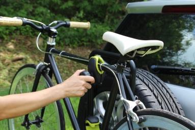 Porte-vélo sur roue de secours 4x4 2 vélos Buzz Rack Pilot 4x4