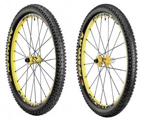 MAVIC Paire de roues CROSSMAX ENDURO 26´´ + Pneus Charge et Roam XL
