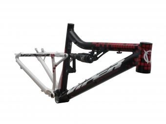 VIPER 2013 FrameNITRO 26'' + Rear Shox Fox RP23 Red Black