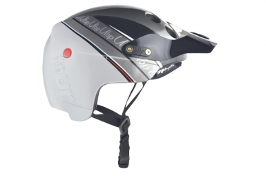 Casco Urge Endur-O-Matic 2014 Plateado